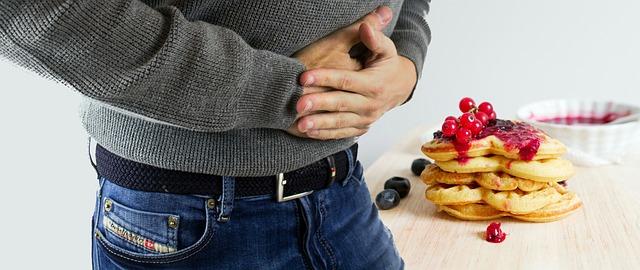 bolest břicha