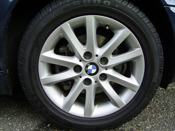 BMW koleso, hliníkový disk
