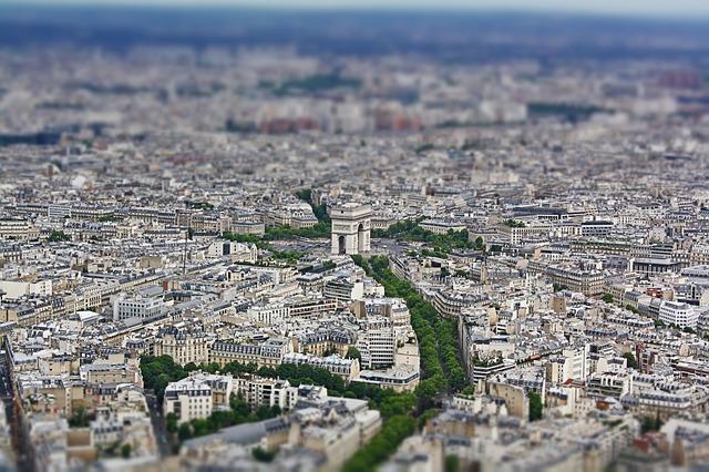 Paríž zhora.jpg